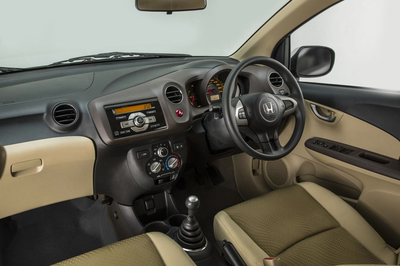 Download 74 Modifikasi Foto Interior Honda Brio Terbaru ...